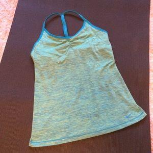 Nike Dri Fit Athletic Yoga Tennis Running Tank L